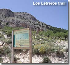 Walking route to the Letreros caves in Sierra Maria