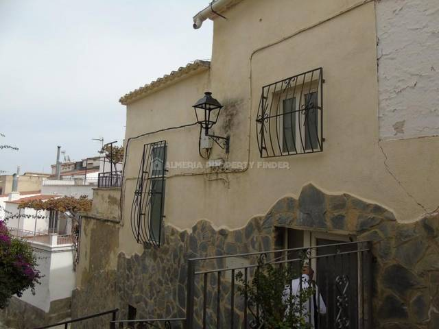 3 Bedroom Country house in Purchena