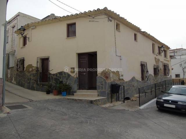 Country house in Purchena, Almería