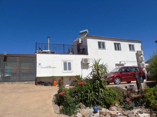 5 Bedroom Country house in Lubrin