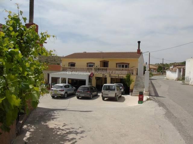 Commercial property in Los Cerricos, Almería