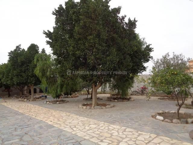 APF-3046: Country house for Sale in La Alfoquia, Almería