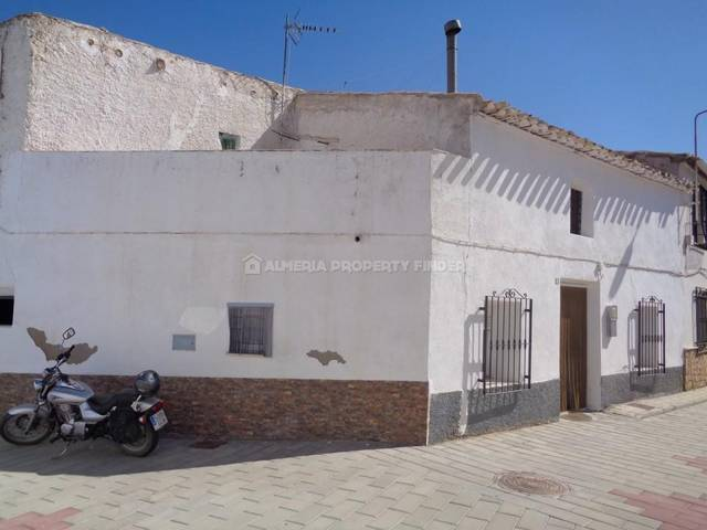 2 Bedroom Town house in Partaloa