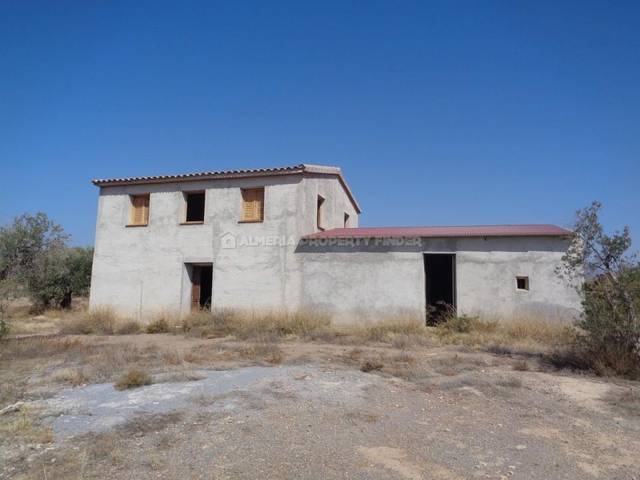 Country house in Partaloa, Almería