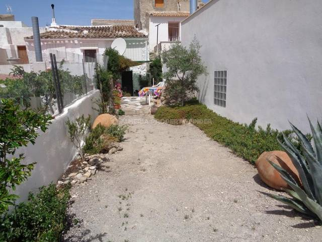 APF-2667: Town house for Sale in Somontin, Almería