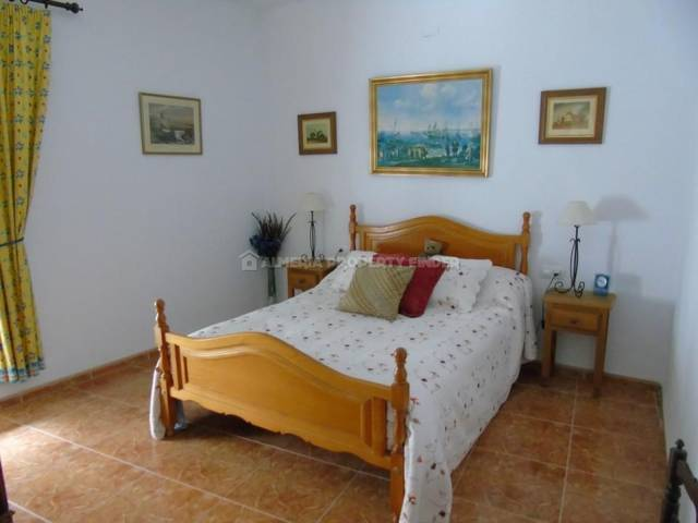 APF-2045: Town house for Sale in Oria, Almería