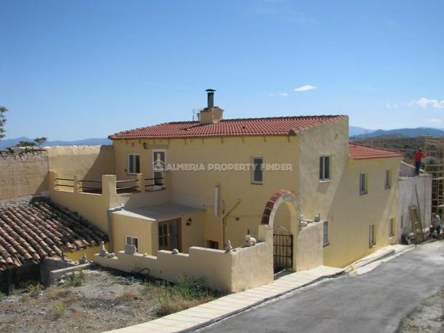 5 Bedroom Country house in Oria