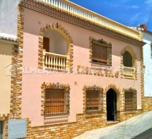 3 Bedroom Country house in Oria