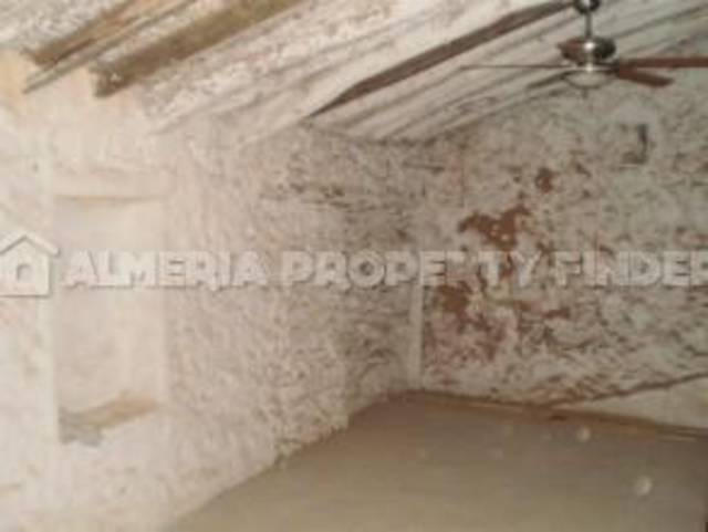 APF-24: Town house for Sale in Cantoria, Almería