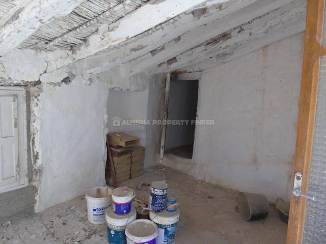 APF-16: Country house for Sale in Albanchez, Almería