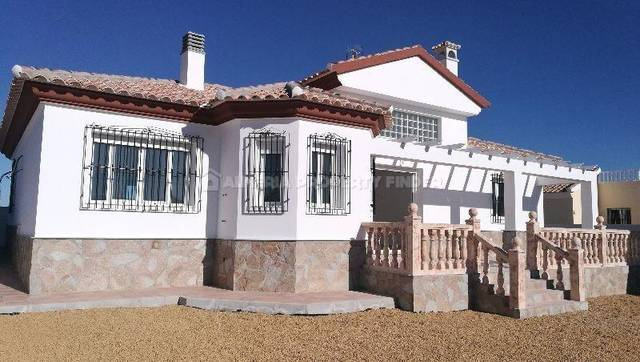 4 Bedroom Villa in Arboleas