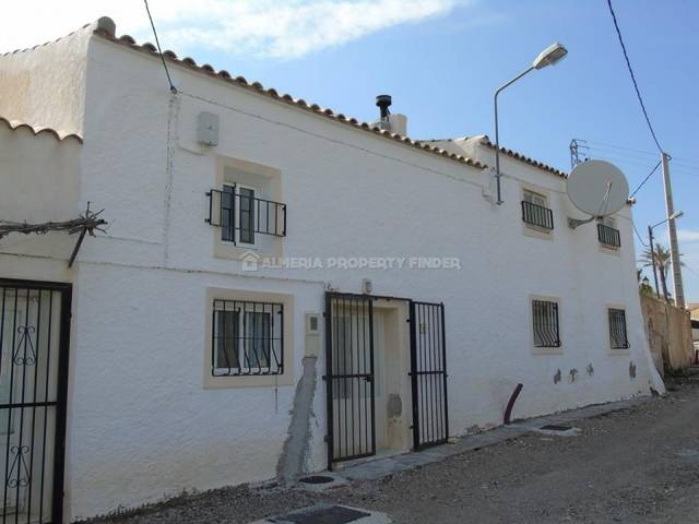 4 Bedroom Country house in Partaloa