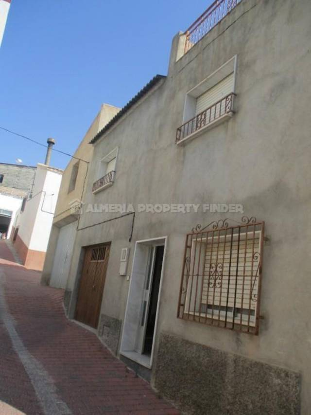 3 Bedroom Town house in Oria