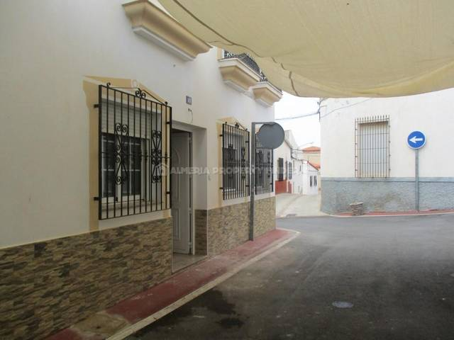3 Bedroom Apartment in Taberno