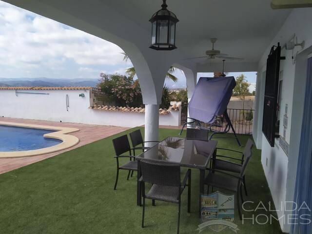 Casa de Margarita: Villa for Sale in Albox, Almería