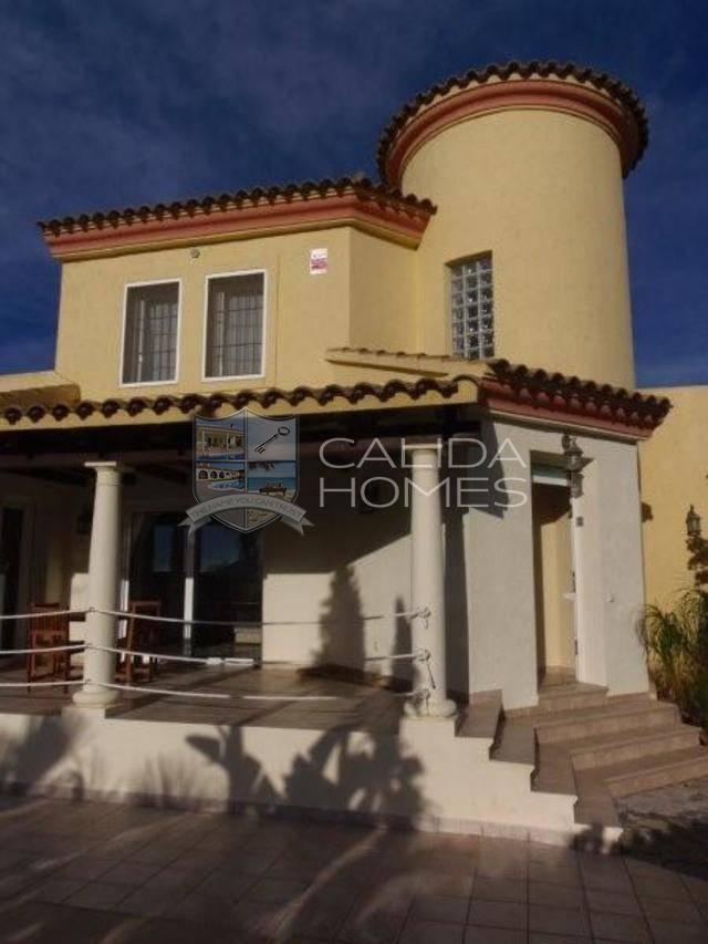 5 Bedroom Villa in Vera