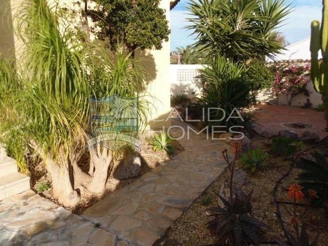 cla 7117: Villa for Sale in Vera, Almería