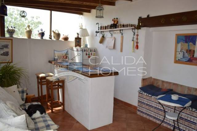 cla 6524: Country house for Sale in Zurgena, Almería
