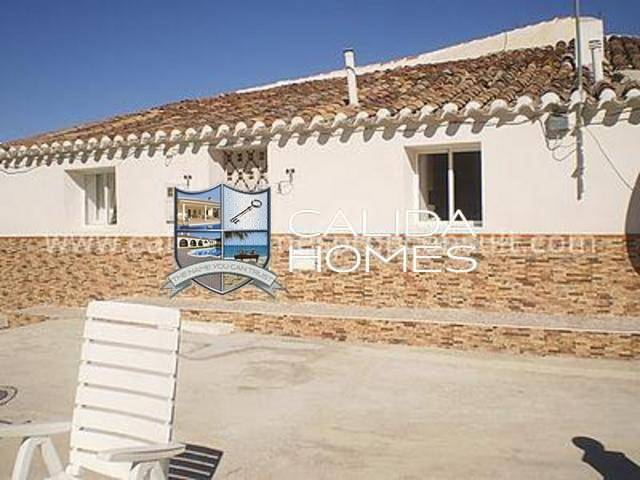 Town house in Chirivel, Almería