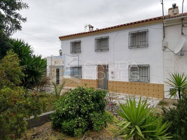 Country house in Arboleas, Almería
