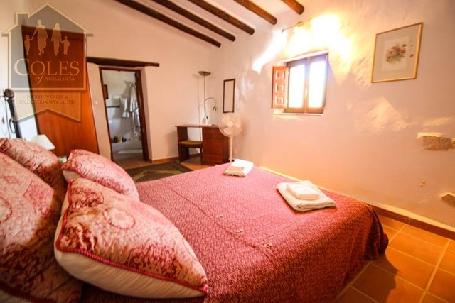 BED4C01: Cortijo for Sale in Bedar, Almería