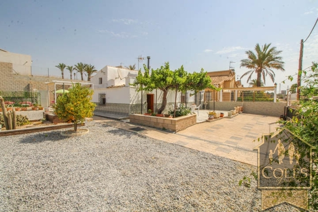 3 Bedroom Cortijo in Huercal-Overa