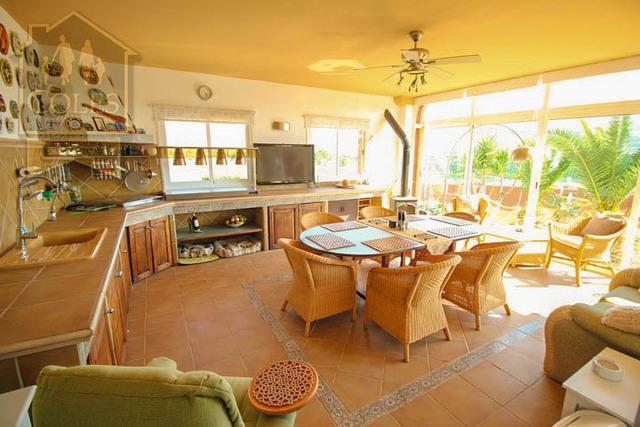 GAL7V02: Villa for Sale in Los Gallardos, Almería
