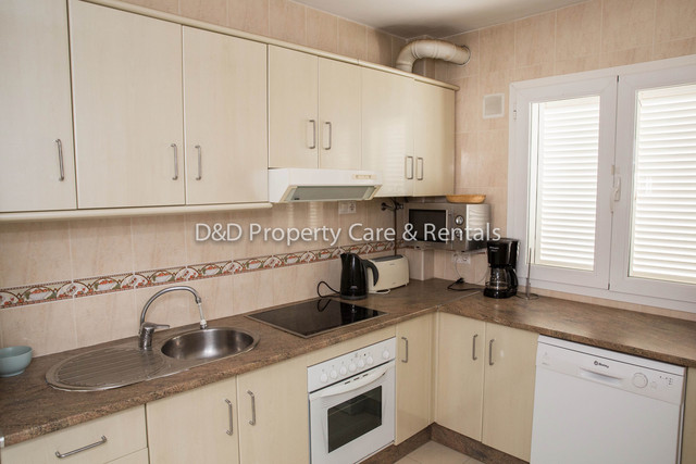 DD004: Apartment for Rent in Mojácar Playa, Almería