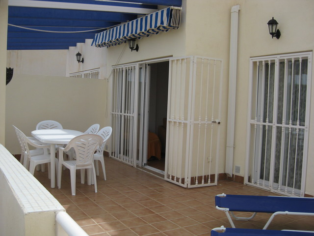 AOO5 LOAT: Apartment for Rent in Mojácar Playa, Almería