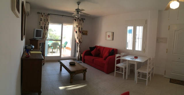 A016 CLO: Apartment for Rent in Mojácar Playa, Almería