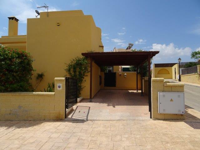 2415: Villa for Sale in Turre, Almería