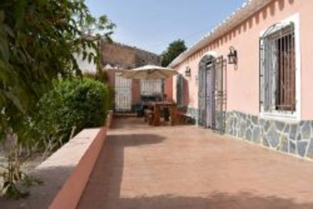 2453: Cortijo for Sale in Antas, Almería