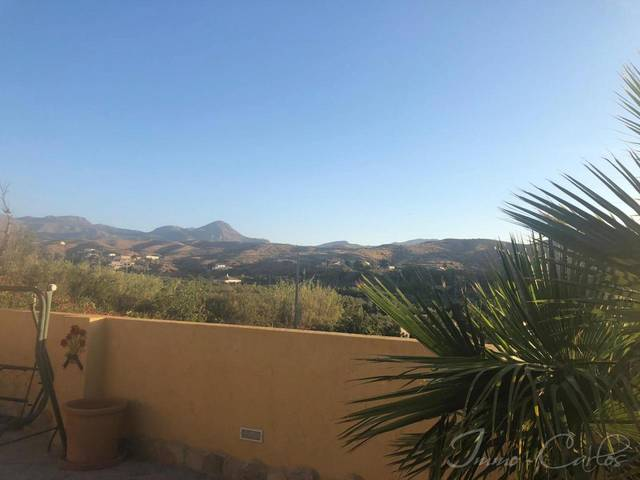 IMC 1208: Country house for Sale in Oria, Almería