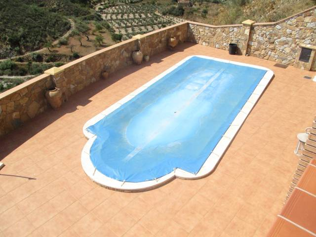 IMC 1041: Villa for Sale in Arboleas, Almería