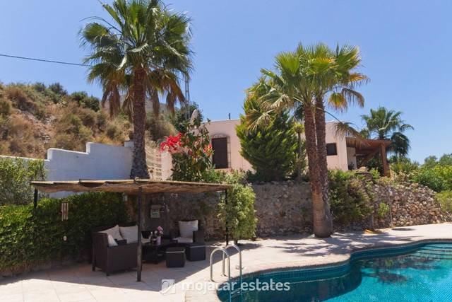 ME 1008: Villa for Rent in Mojácar, Almería