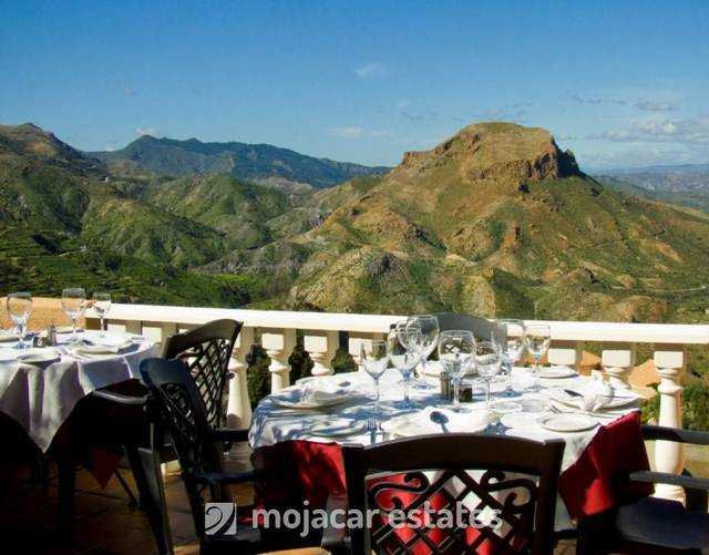 Commercial property in Sierra Cabrera, Almería