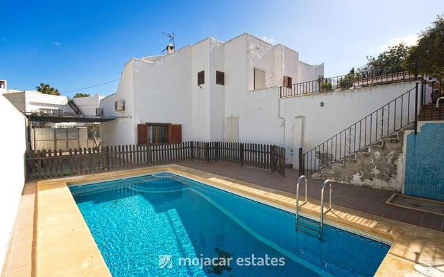 4 Bedroom Villa in Mojácar