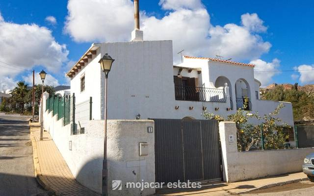ME 1938: Villa for Sale in Mojácar, Almería