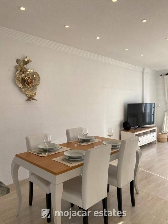 ME 2200: Apartment for Rent in Mojácar, Almería