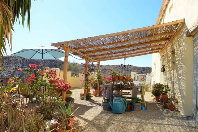 OLV1668: Cortijo for Sale in Huercal-Overa, Almería