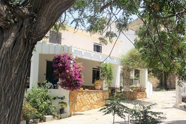 4 Bedroom Town house in Antas