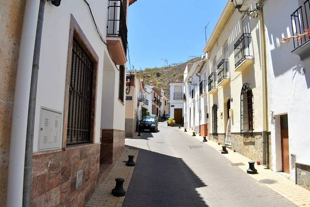 OLV1427: Town house for Sale in Lubrin, Almería