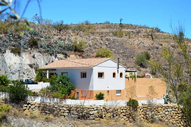 OLV1425: Villa for Sale in Lubrin, Almería