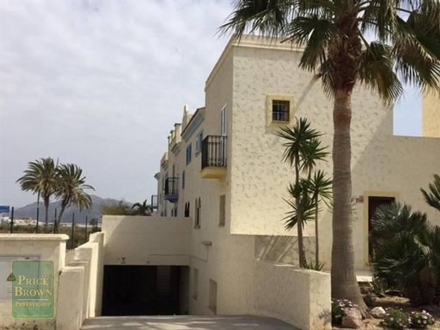 Garage in Palomares, Almería